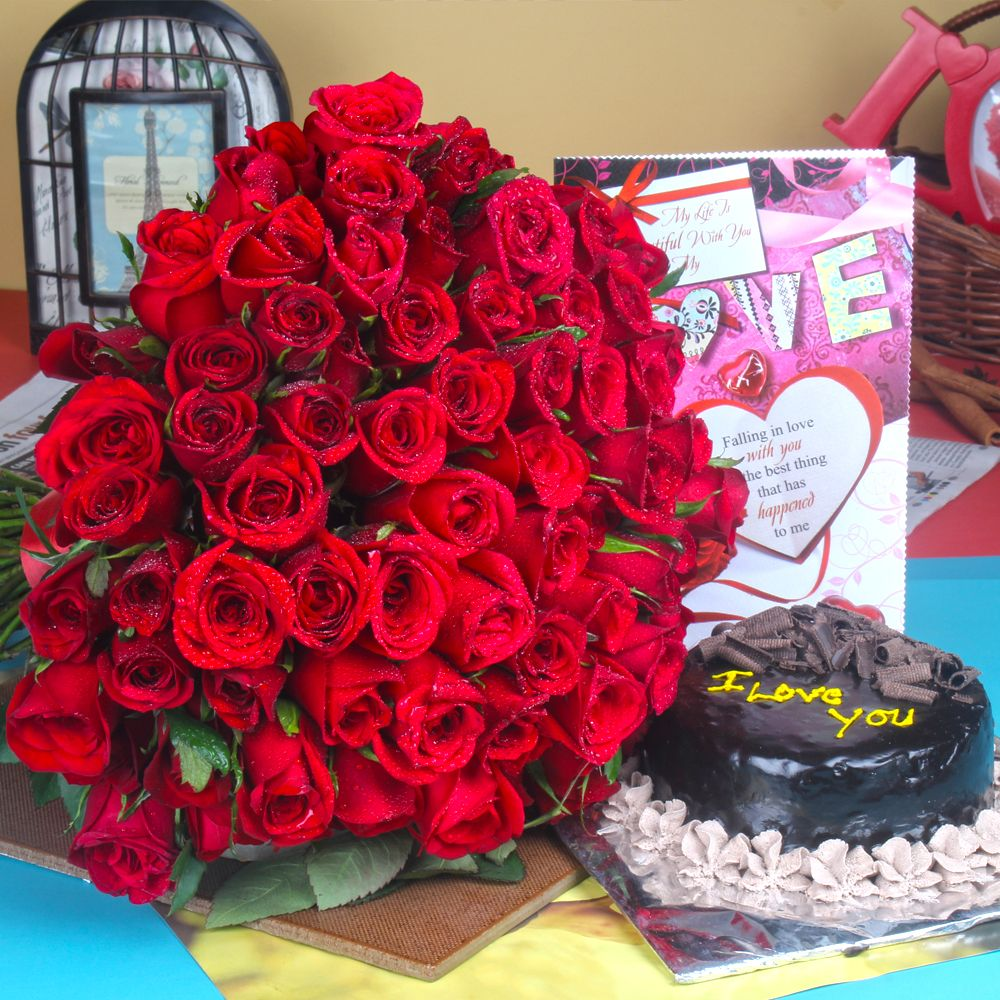 Love Card with Chocolate Cake and Roses Bouquet
