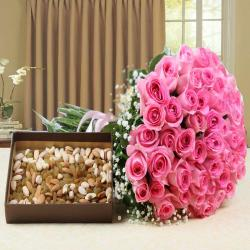 Hand Bouquet Pink Roses with Assorted Dry Fruits For Valentine Gift