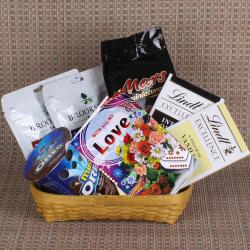 Love Goodies Basket