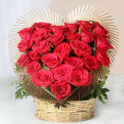 Romantic Red Roses Heart Shape Arrangement For Valentine for Kanchipuram