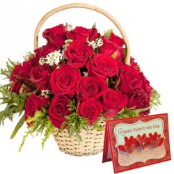 Valentine Flowers With Greeting Cards